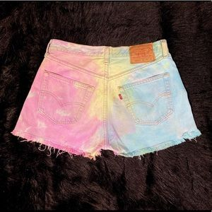Levis high waisted shorts size 10